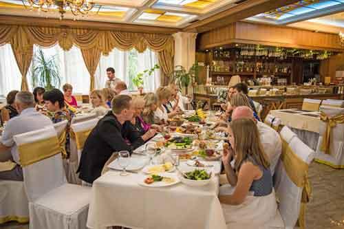 Банкеты и свадьбы в Бутово. Ресторан Грин Палас на улице Грина.